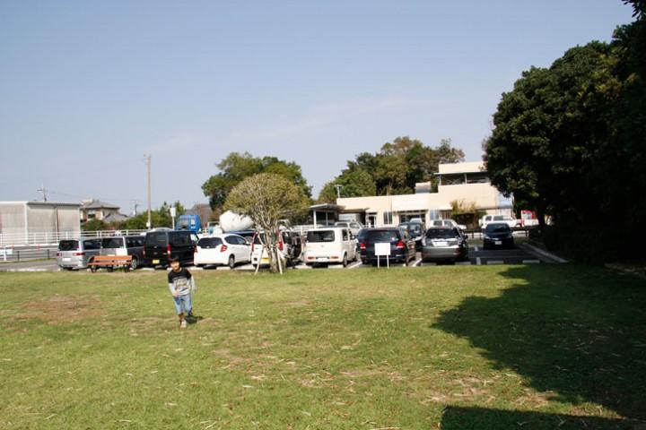 15台分の駐車スペースがあります