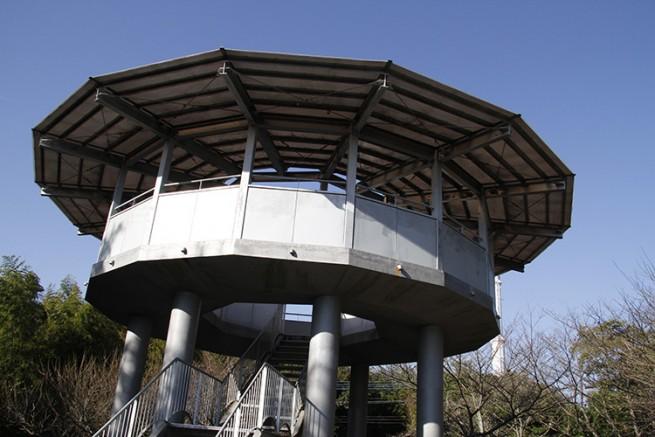 公園山頂にある展望台